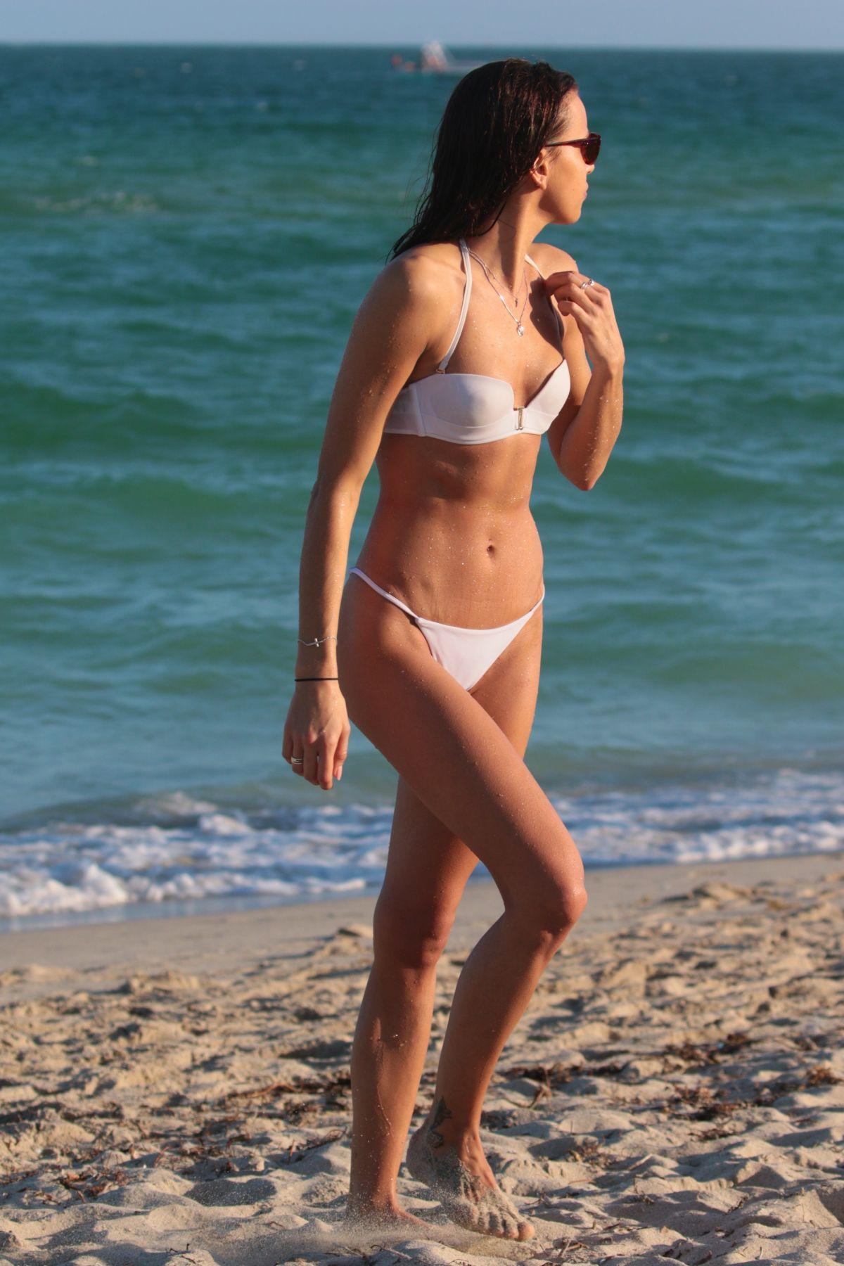 Celebrites Meri Gulin nude (23 photos), Tits, Sideboobs, Instagram, braless 2018