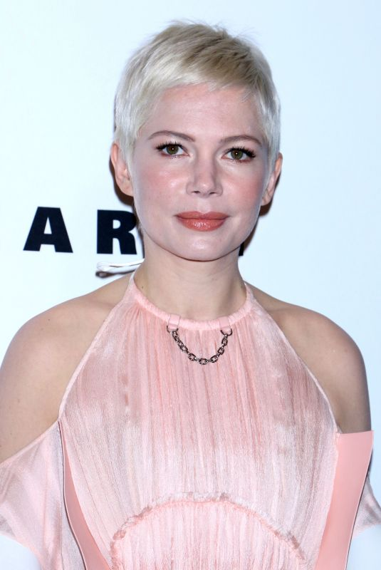 MICHELLE WILLIAMS at Lincoln Center Corporate Fund Gala in New York 11/30/2017