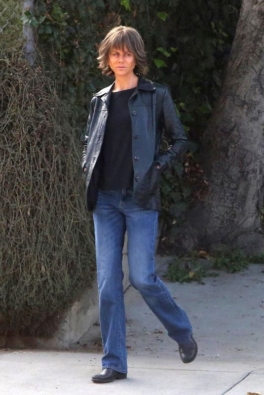 NICOLE KIDMAN on the Set of Destroyer in Los Angeles 12/11/2017