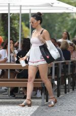 OLIVIA MUNN Out for Lunch in Miami 12/26/2017