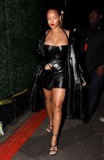 RIHANNA Arrives at Jay-Z