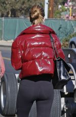 ROSIE HUNTINGTON-WHITELEY at a Gym in Los Angeles 12/28/2017