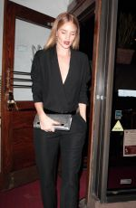 ROSIE HUNTINGTON-WHITELEY Leaves Madeo in West Hollywood 12/13/2017