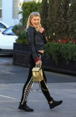 SAMANTHA HOOPES at Il Pastaio in Beverly Hills 12/22/2017