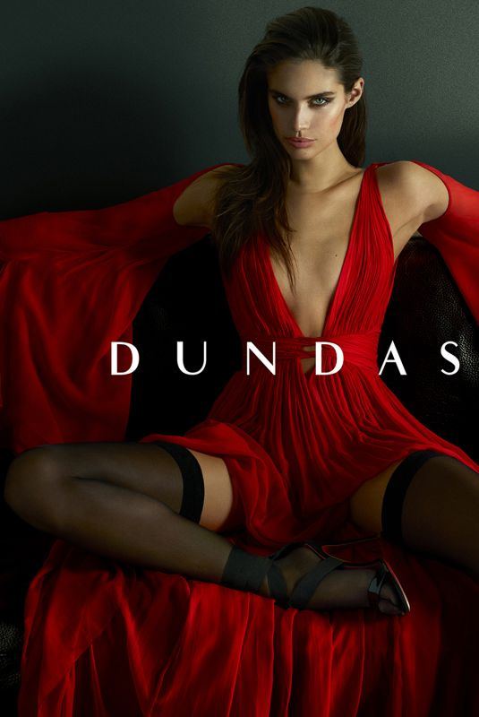 SARA SAMPAIO for Dundas Resort 2018 Campaign