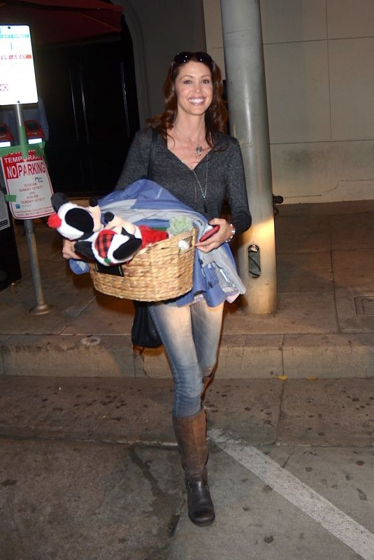 SHANNON ELIZABETH Out and About in Los Angeles 12/10/2017