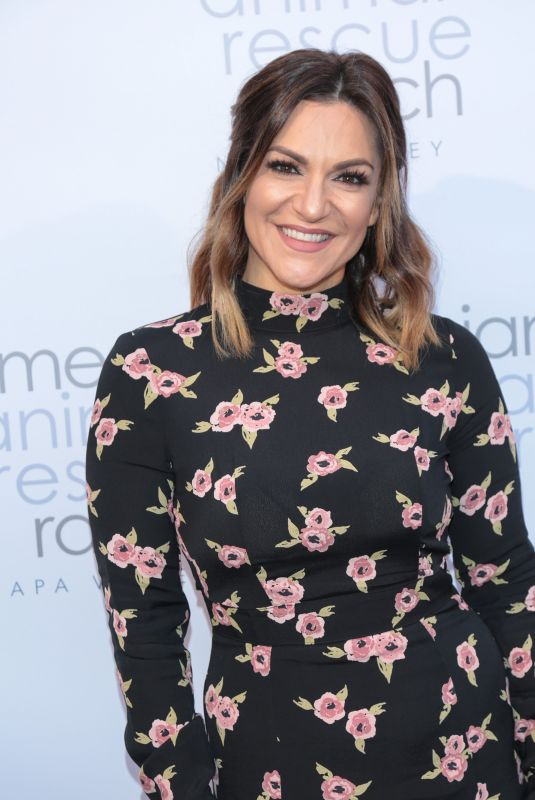 SHOSHANA BEAN at Jameson Animal Rescue Ranch Presents Napa in Need in Beverly Hills 12/02/2017