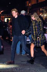 TAYLOR SWIFT and Joe Alwyn Out in New York 12/09/2017