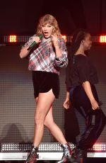 TAYLOR SWIFT Performs at 99.7 Now! Poptopia in San Jose 12/02/2017