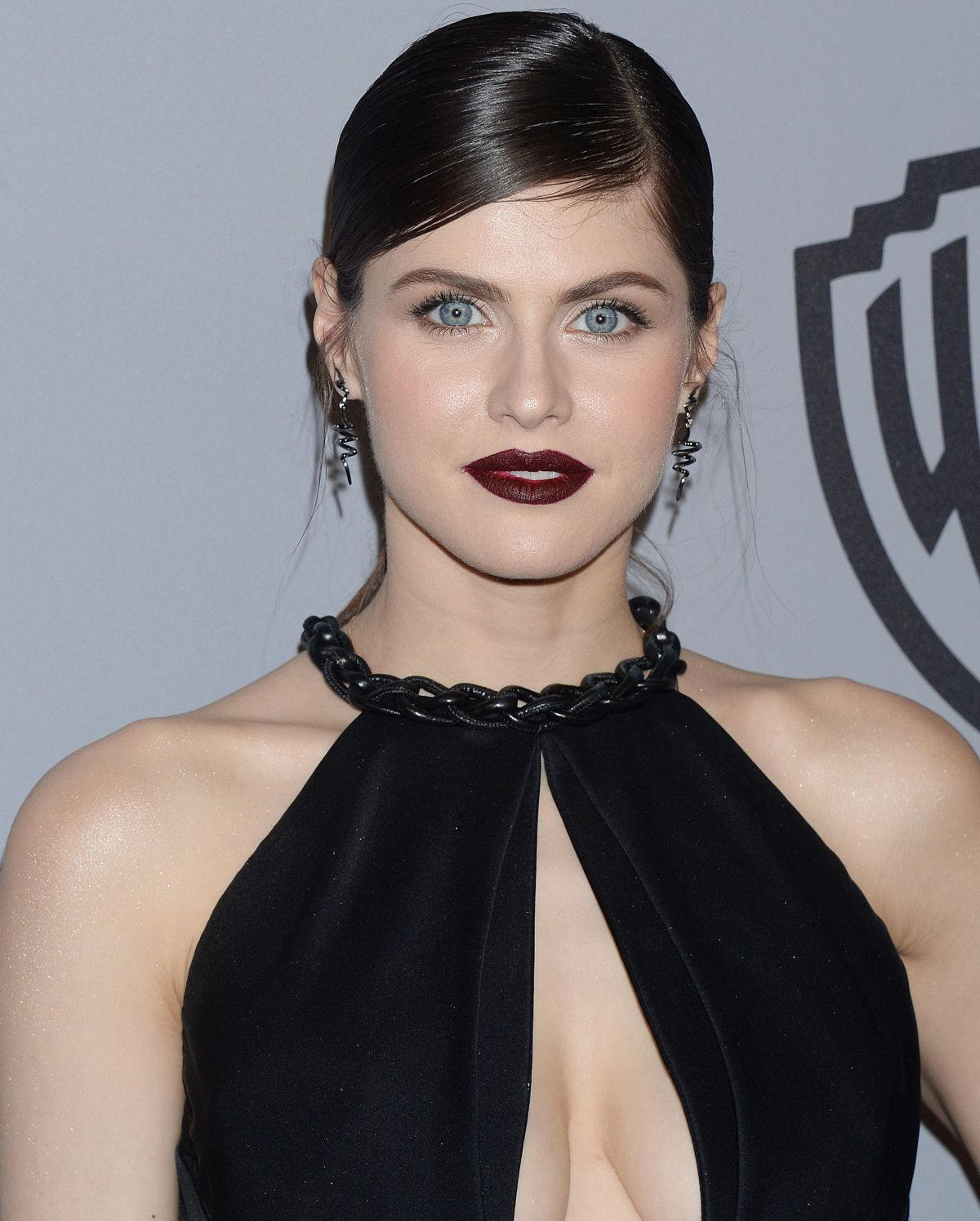 Alexandra Daddario At Instyle And Warner Bros Golden Globes After