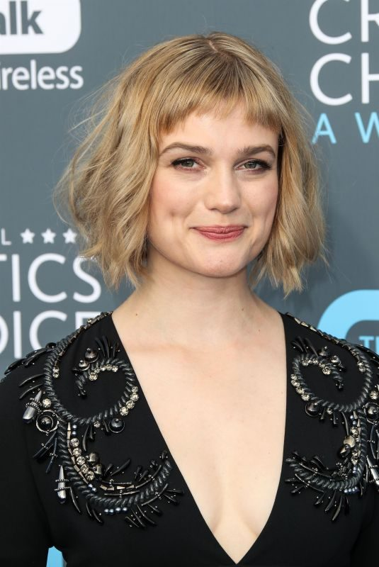 ALISON SUDOL at 2018 Critics' Choice Awards in Santa Monica 01/11/2018