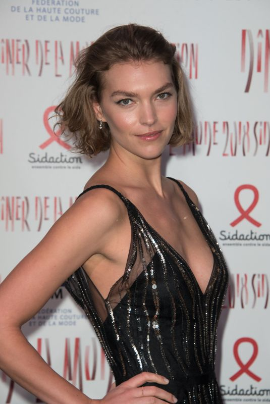 ARIZONA MUSE at Sidaction Gala Dinner in Paris 01/25/2018