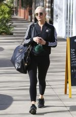 ASHLEE SIMPSON Leaves Tracy Anderson Gym in Los Angeles 01/29/2018