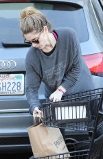 ASHLEY GREENE Shopping at Pavilions Grocery Store in Beverly Hills 01/25/2018