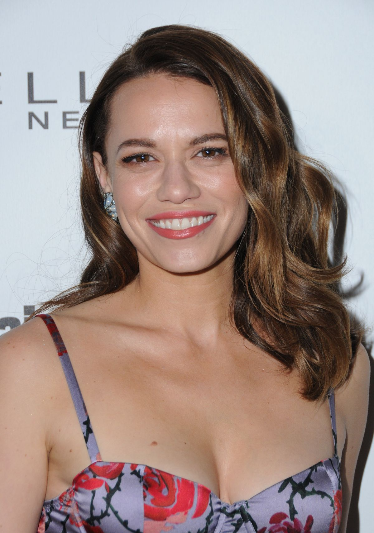Bethany Joy Lenz At Entertainment Weekly Pre Sag Party In