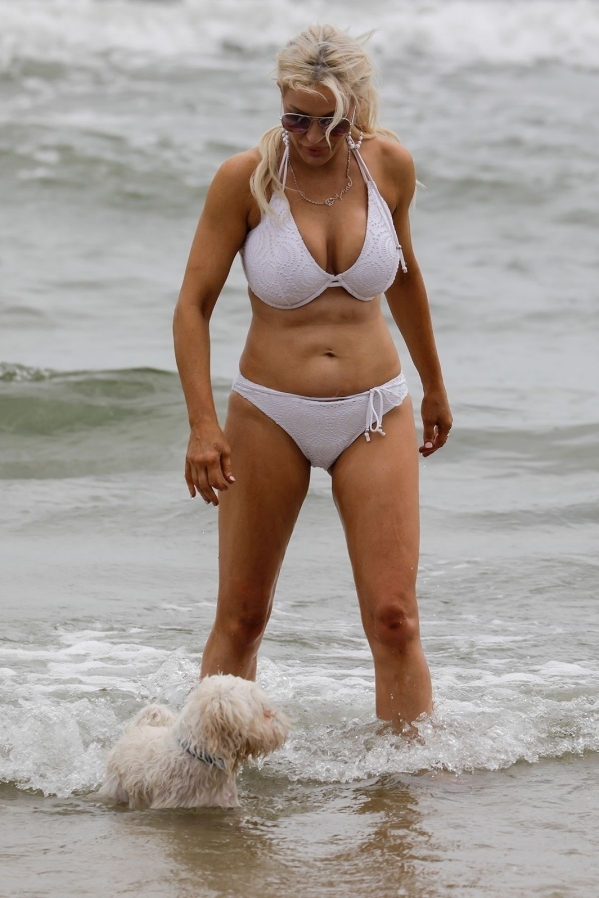 Brynne Edelsten in White Bikini at St Kilda Beach in Melbourne Pic 8 of 35