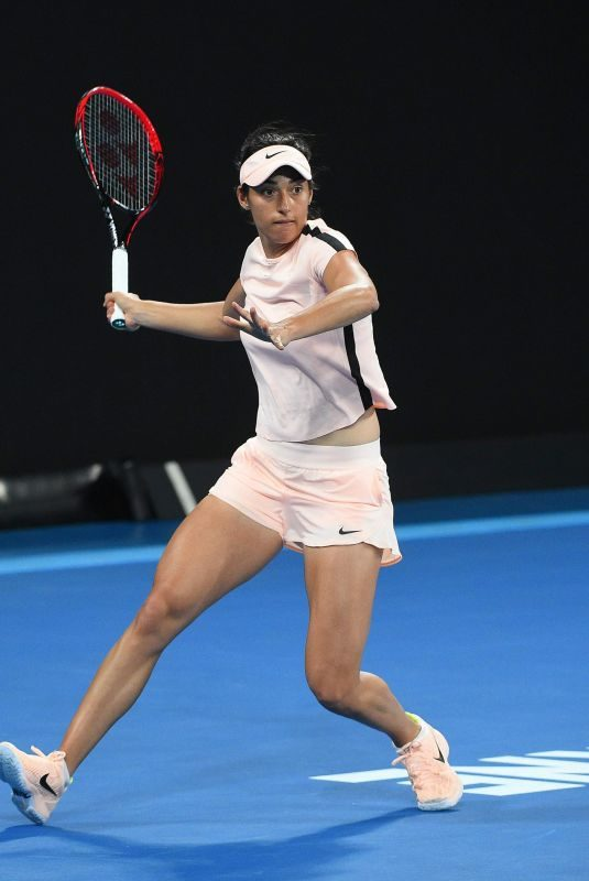 CAROLINE GARCIA at Practice Session at Australian Open Tennis Tournament in Melbourne 01/13/2018