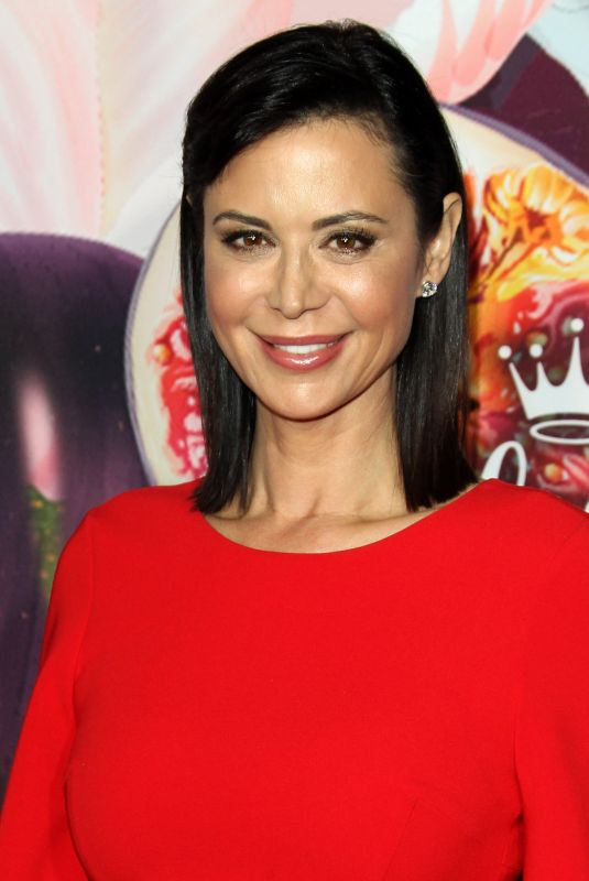 CATHERINE BELL at Hhallmark Channel All-star Party in Los Angeles 01/13/2018