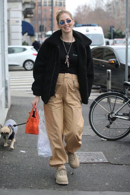 CHIARA at a Haidressers in Milan 01/28/2018