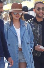 CHRISSY TEIGEN and John Legend Leaves Il Pastaio in Beverly Hills 01/15/2018