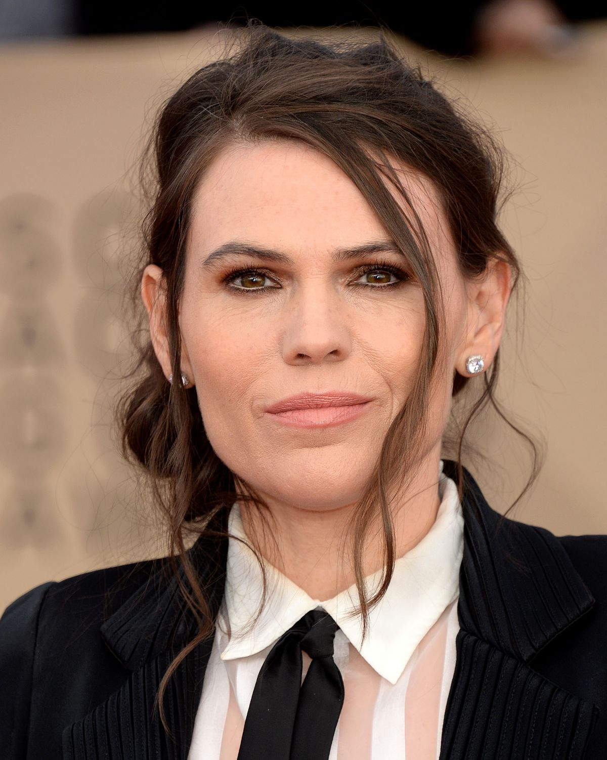 Discussion on this topic: Julie McNiven, clea-duvall/