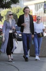DAKOTA and ELLE FANNING Out for Lunch in Studio City 01/01/2018