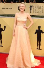 DAKOTA FANNING at Screen Actors Guild Awards 2018 in Los Angeles 01/21/2018