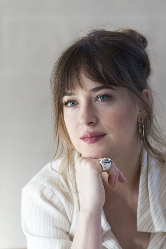 DAKOTA JOHNSON at Fifty Shades Freed Press Conference in Los Angeles 01/24/2018