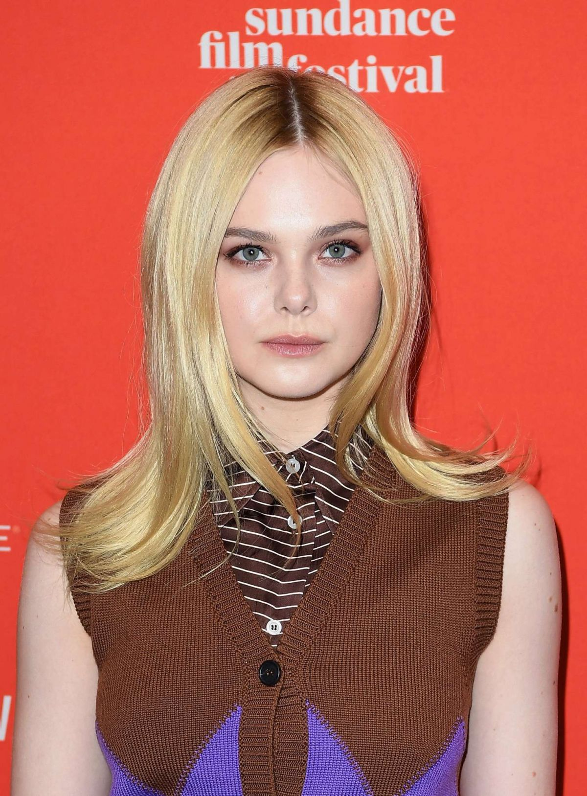 elle fanning at i think we're alone now premiere at 2018 sundance