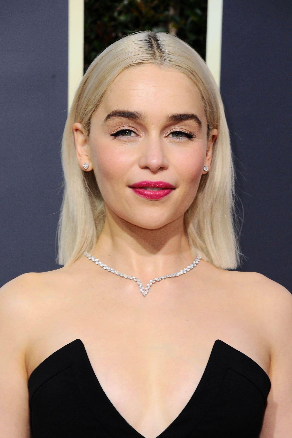 Emilia Clarke blue dress