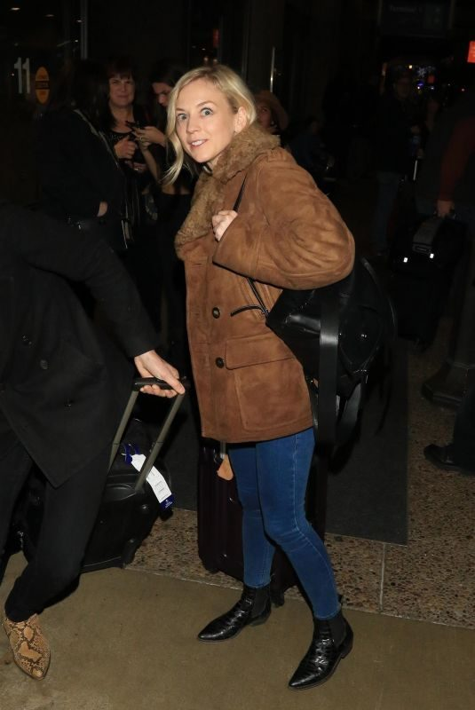 EMILY KINNEY at Salt Lake City International Airport in Park City 01/18/2018