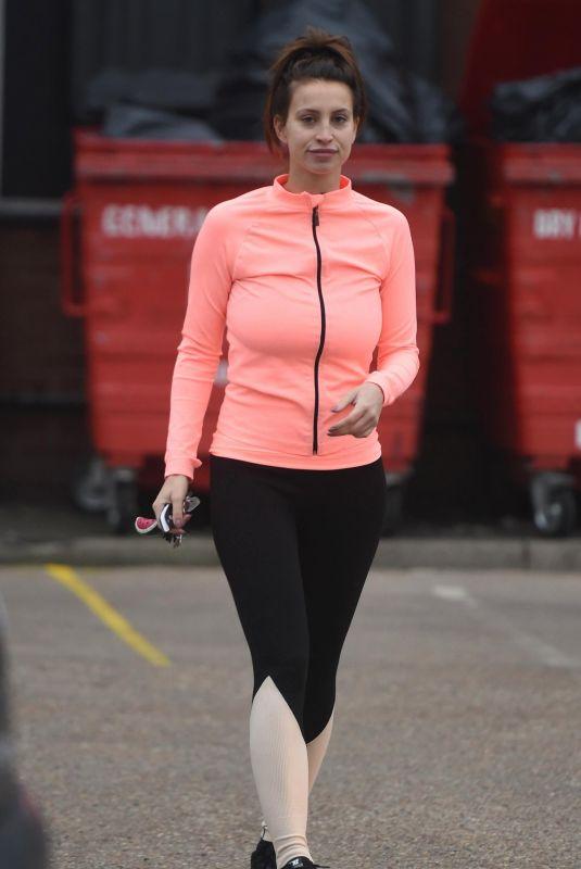 FERNE MCCANN Heading to a Gym in Essex 01/08/2018