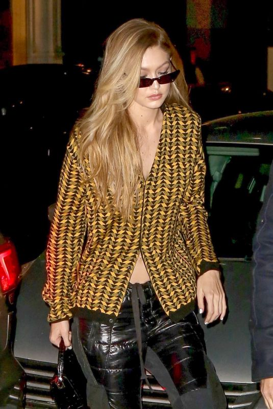 GIGI HADID Arrives at Her Apartment in New York 01/16/2018