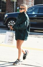 HAILEY BALDWIN at Zinque Cafe in West Hollywood 01/11/2018