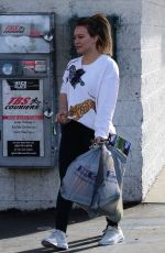 HILARY DUFF Shopping at Big 5 Sporting Goods in Los Angeles 01/15/2018