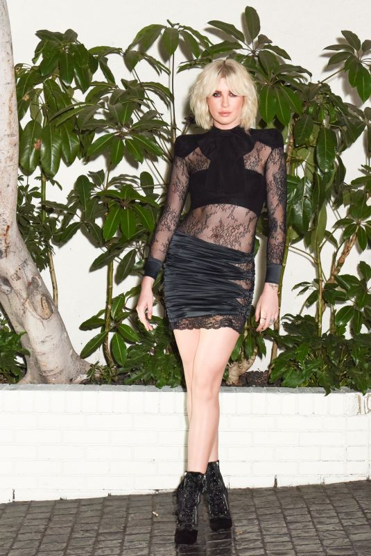 IRELAND BALDWIN at W Magazine Celebrates Its Best Performances Portfolio and Golden Globes in Los Angeles 01/04/2018