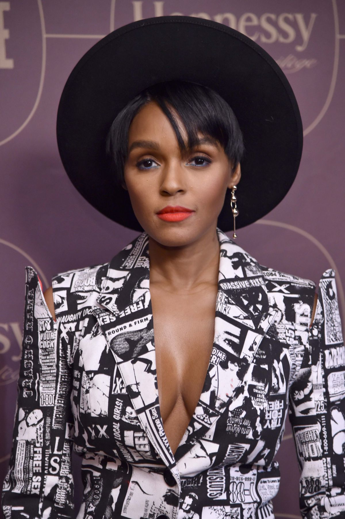 Janelle Monae Cleavage Nude Photos 79