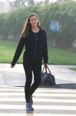 JENNIFER GARNER Goes to Meet Ben Affleck in Los Angeles 01/07/2018