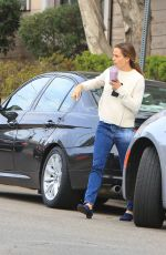 JENNIFER GARNER Out and About in Brentwood 01/06/2018