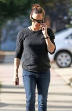 JENNIFER GARNER Out and About in Brentwood 01/11/2018