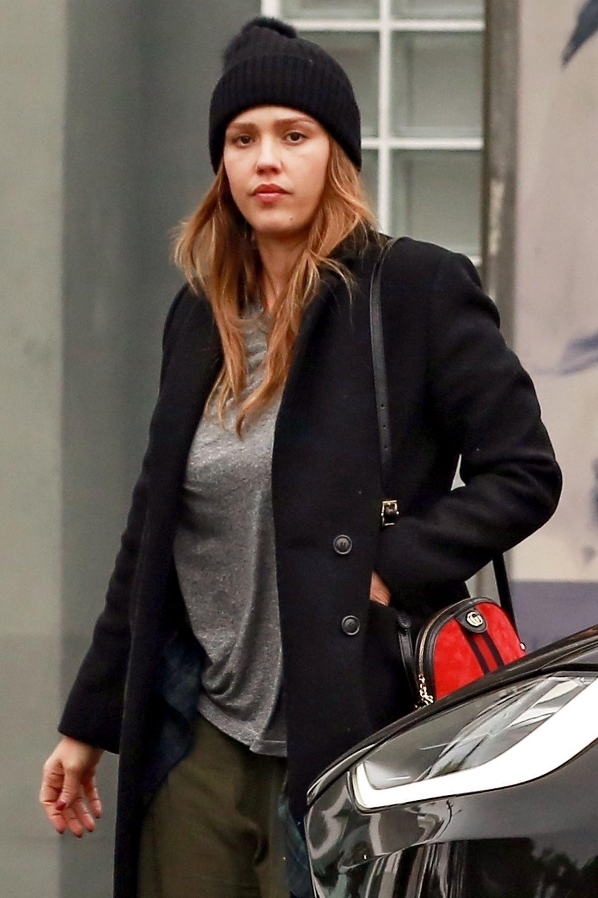 JESSICA ALBA Shopping ...