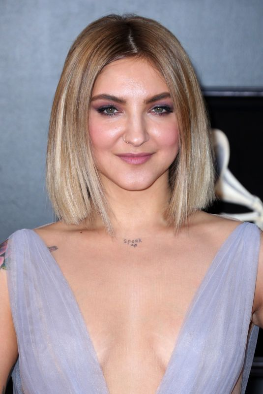 JULIA MICHAELS at Grammy 2018 Awards in New York 01/28/2018