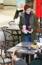 JULIA ROBERTS and Lucas Hedges on the Set of Ben is Back in New York 01/03/2018