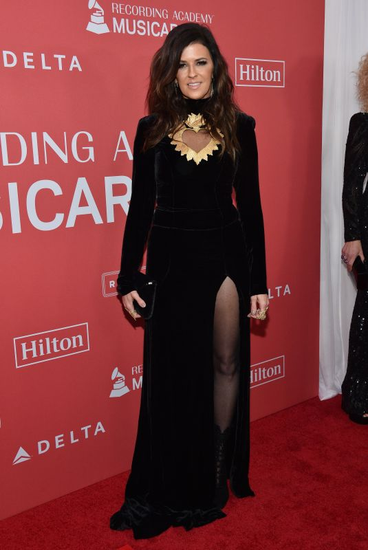 KAREN FAIRCHILD at 2018 Musicares Person of the Year Honoring Fleetwood Mac in New York 01/26/2018