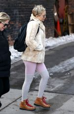 KATE HUDSON Out and About in Aspen 01/01/2018