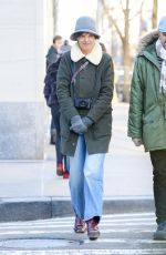 KATIE HOLMES Heading to Metropolitan Museum of Art in New York 01/15/2018