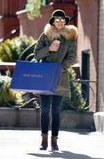 KATIE HOLMES Out Shopping in New York 01/26/2018