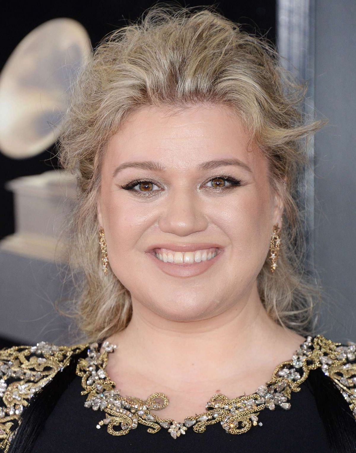 KELLY CLARKSON at Grammy 2018 Awards in New York 01/28/2018 - HawtCelebs