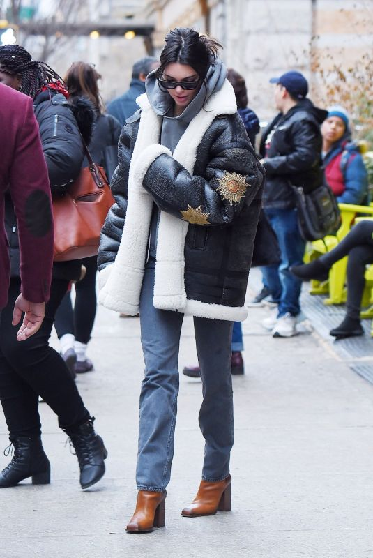 KENDALL JENNER Out for Lunch at Bubby's Tribeca in New York 01/26/2018