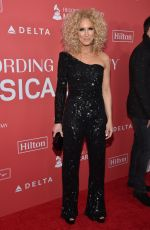 KIMBERLY SCHALPMAN at 2018 Musicares Person of the Year Honoring Fleetwood Mac in New York 01/26/2018